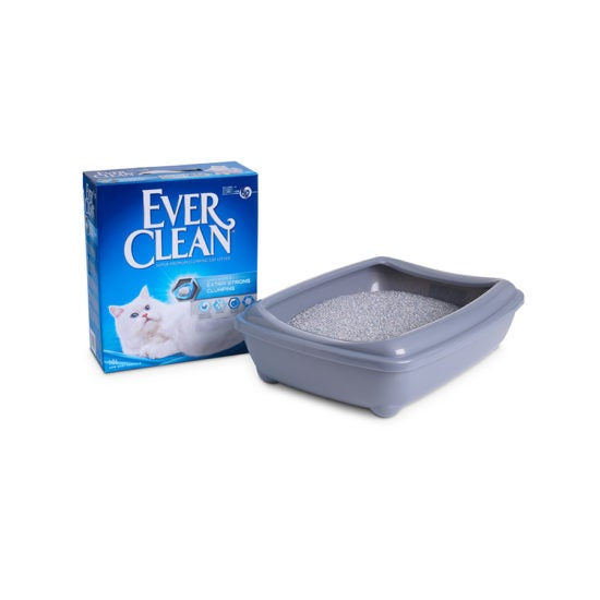 Ever Clean Super Premium Clumping Cat Litter Extra Strong Clumping Unscented  Product Image with Litter tray